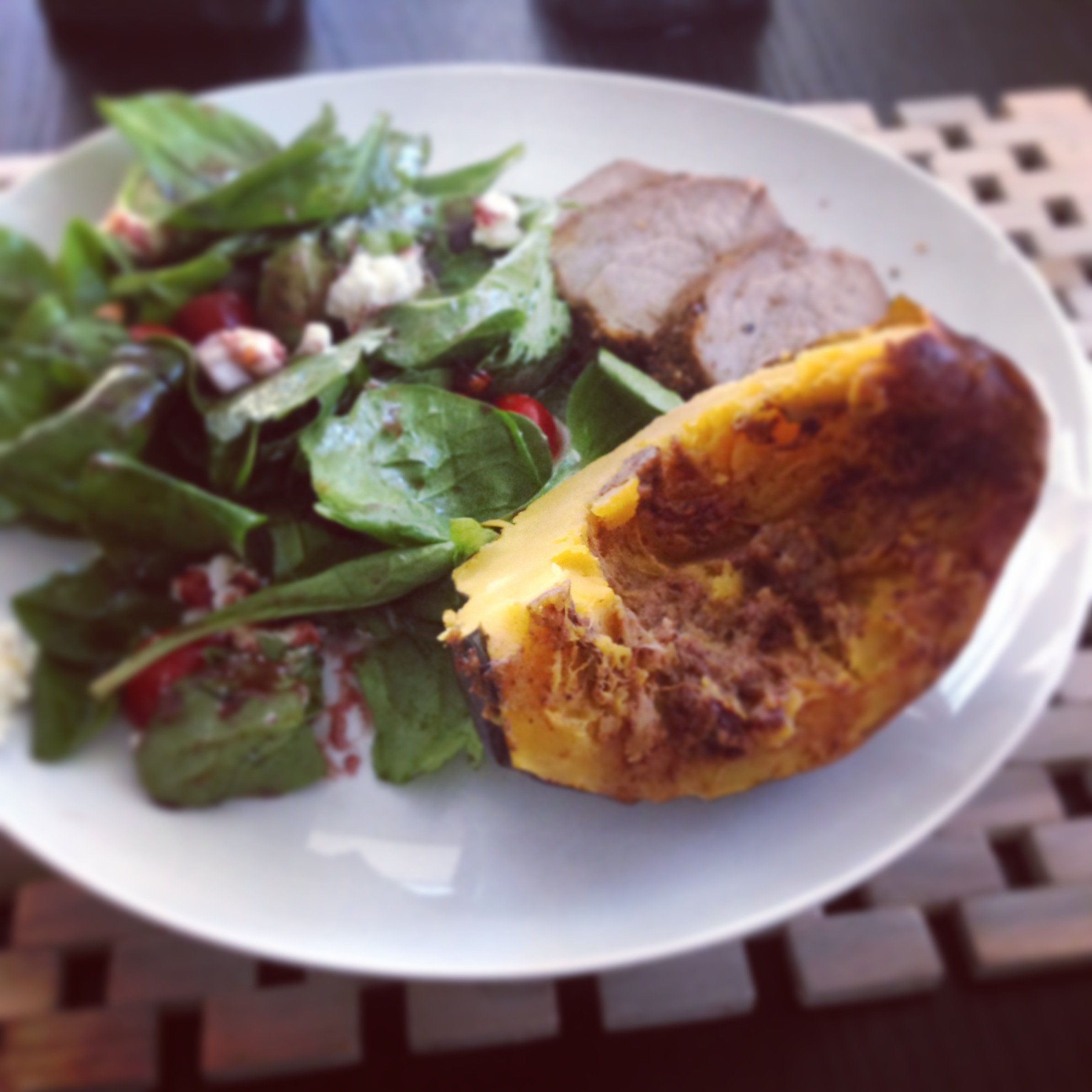 Pork tenderloin with roasted acorn squash | Alice in Cookingland